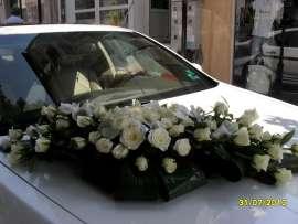 Букет за кола от рози и орхидея