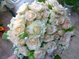 bridal bouquet- roses