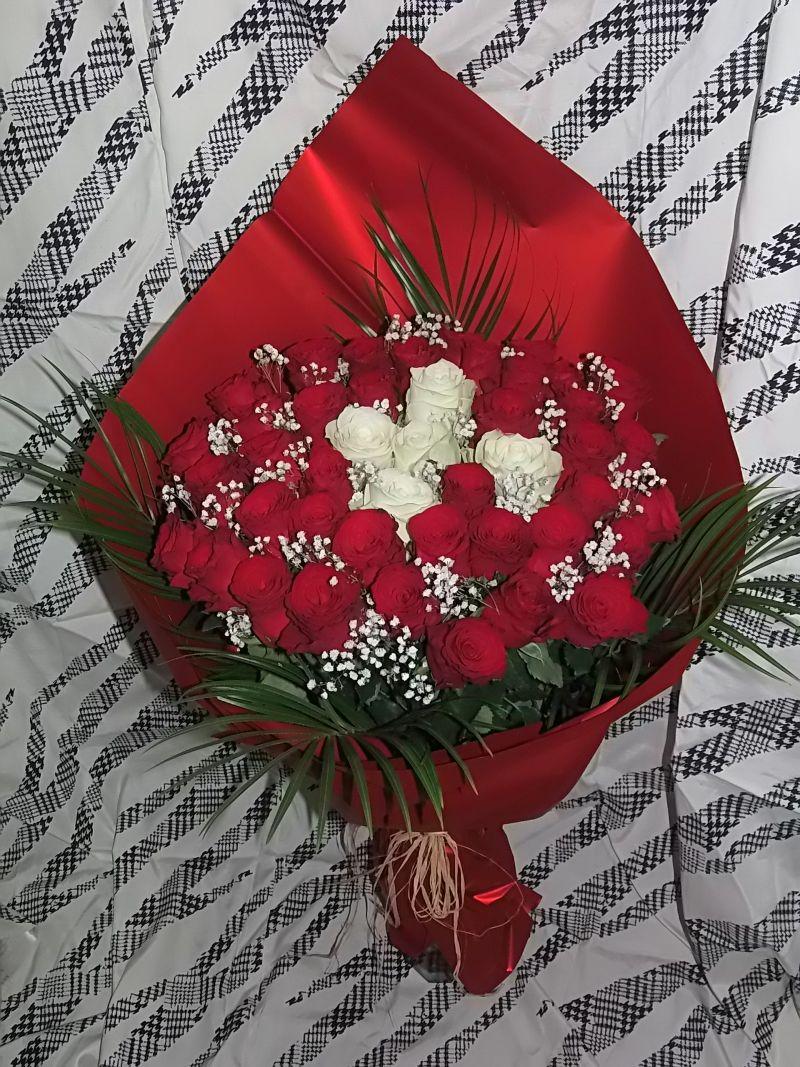 Buquet of roses 51