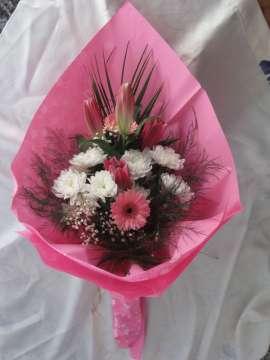 Букет-лилиум, хризантеми, гербер