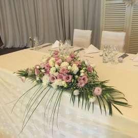 Аранжировка сватбена маса