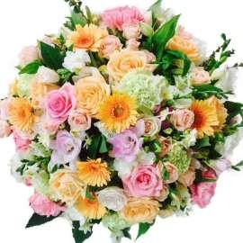 Букет от рози, хризантеми, лилиум и гербер